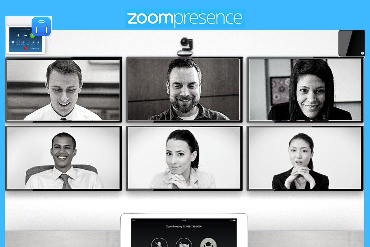 zoom のブレイクアウトルーム でミーティング