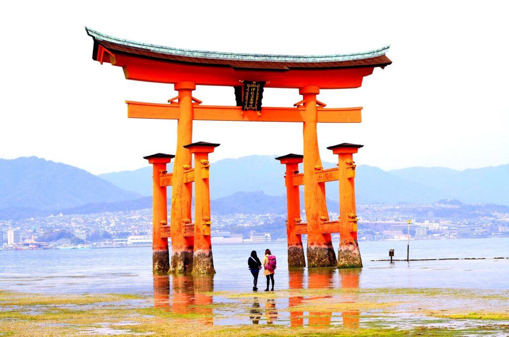 日本の文化を紹介する